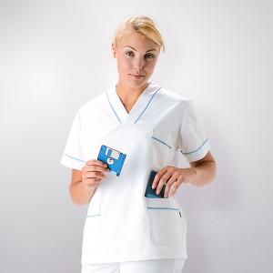 anade-chaqueta-uniforme-pijama-sanitario-blanco-celeste